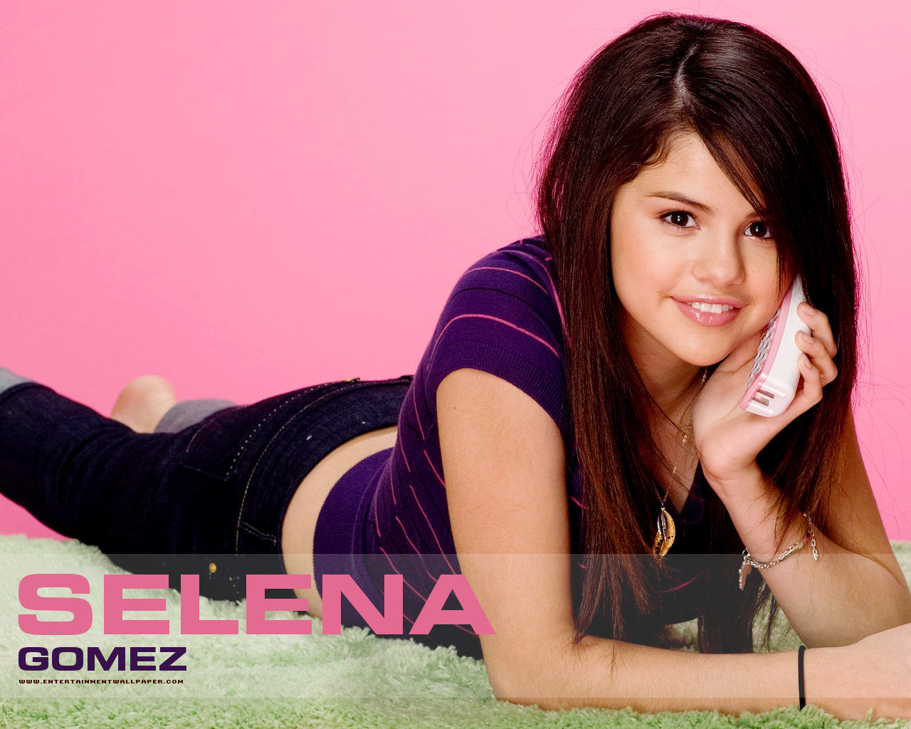 Wallpapers de selena gomez wallpapers de selena gomez iconos wallpapers de selena gomez wallpapers de selena gomez iconos by labs2ntooz voltagebd Image collections