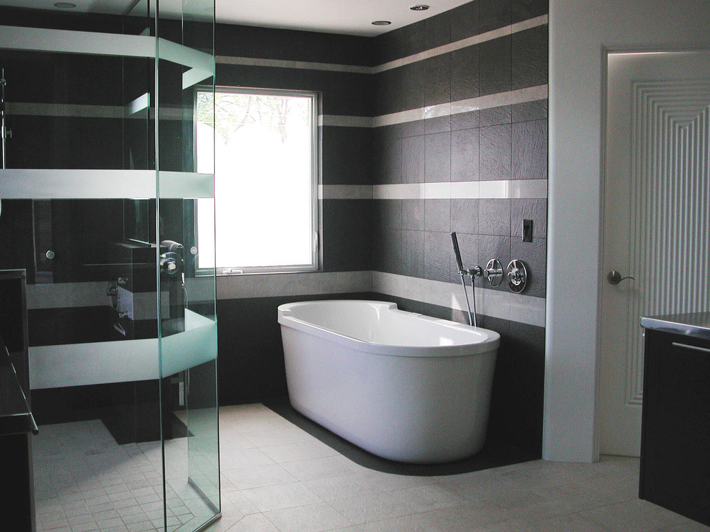 Beloved bathrooms black white bathroom design bs2h for Dark bathrooms design