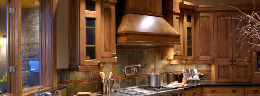 Rustic Kitchen Design With Pro Viking Range Large Wood Hood And Kodok Demo